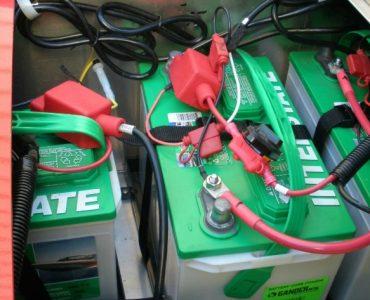 Choosing Marine Batteries